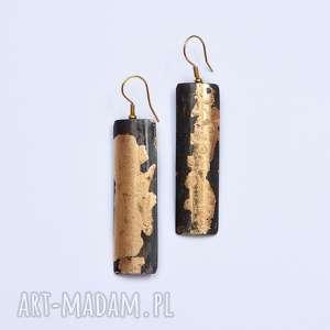 kolczyki złocone sztucznym złotem płatkowym, złoto
