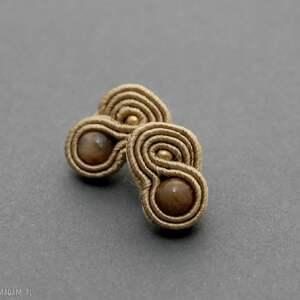 małe kolczyki sutasz z kamieniami słonecznymi, sznurek, eleganckie, delikatne,