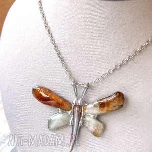 naszyjnik cytrynowy motyl - ważka, wisiorek z kamieni