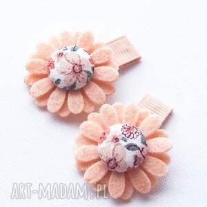 hand-made dla dziecka spineczki do włosów kwiatuszki ruth