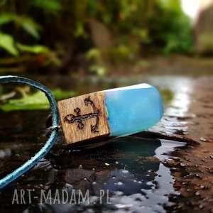 Wisior Wooden Anchor , kotwica, skóra, wisior, naszyjnik, niebieski, drewno