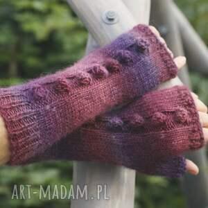 ręcznie wykonane rękawiczki mitenki jagodowe