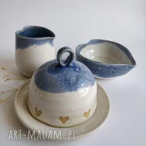 ręcznie wykonane ceramika maselniczka, dzbanuszek i miseczka