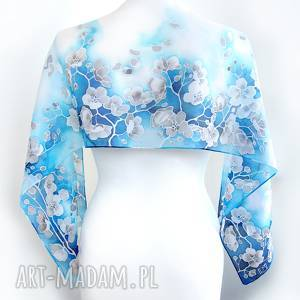 szalik z jedwabiu niebieski ręcznie malowany w białe kwiaty wiśni, jedwabny szal
