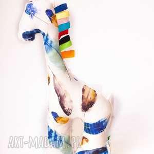 żyrafka piórka granat, żyrafa, maskotka, przytulanka, dziecko