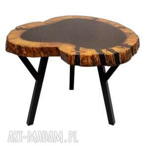 andrzej kasprzak stół, stolik kawowy z plastra drewna zalany żywicą, żywica