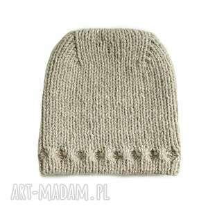 czapki czapka z uniesioną górą, czapka, dziergana, mikołajki, wełniana, prezent
