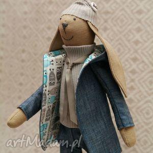 handmade maskotki starszy bliźniak krawaciarz