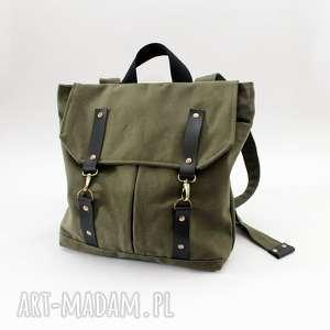 Plecak zielony, plecak, karabinki