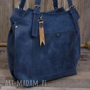na ramię ręcznie robiona skórzana torebka niebieska, skórzane torby