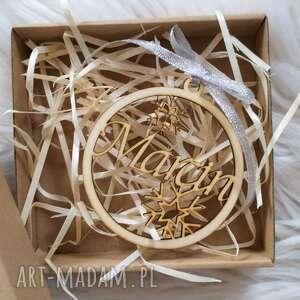 dekoracje bombka drewniana z imieniem, pudełko, bombka, drewniana, ekologiczna