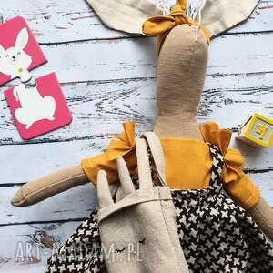 pani królik z torebką i wyszytym imieniem, urodziny, babyshower, prezent