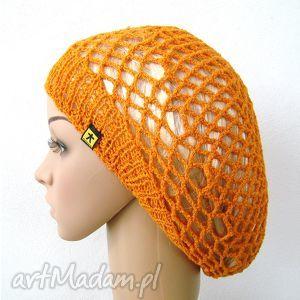 wiosenno-letni ażurowy beret w kolorze pomarańczowym, beret, berecik, czapka