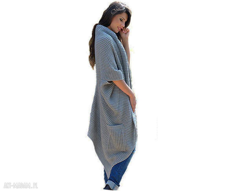 szare płaszcze sweter długi ciepły sweter-płaszcz