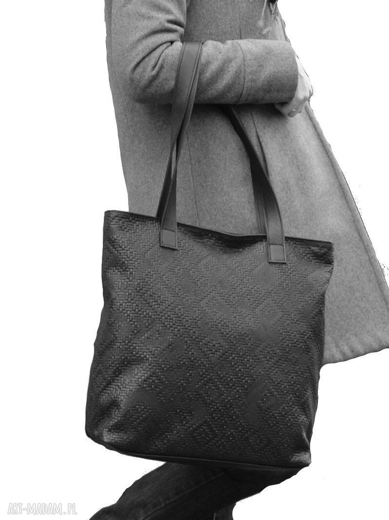 torebka torebki czarna wytłaczana skórzana torba