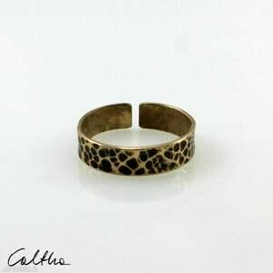 plamki - mosiężna obrączka 200803-05 - pierścionek złoty