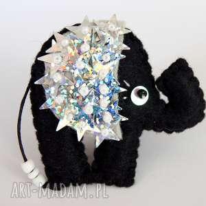Cekinowy słoń na sczęście broszka z filcu, filc, broszka, słoń, gwiazdy, cekiny,