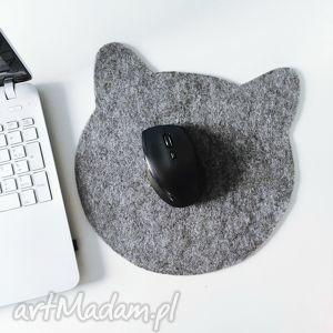 Filcowy kot pod myszkę - ,podkładka,kot,myszka,filcowa,cat,haft,