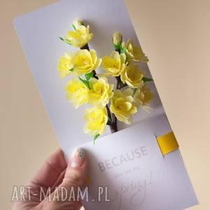 wyjątkowy prezent, karteczki 3d, żólta, papierowe, spersonalizowany, wiosna, kwiaty