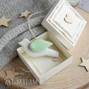 Mini kartka, ptaszek wiosenny i ozdobne pudełeczko uroczy ptasi