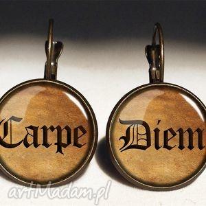carpe diem - duże kolczyki wiszące egginegg, sentencje, napisem