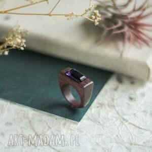 amarantowy pierścionek z ametystem, pierścionek, ametystem