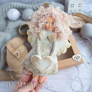 Przepiękny anioł stróż personalizowany podarek na każdą okazję