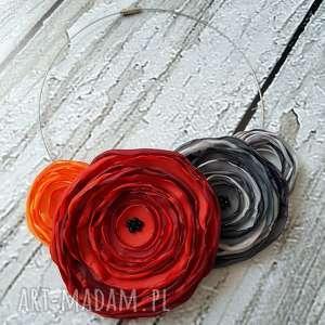 jesienna kwiatowa kolia naszyjnik z kwiatów - kwiaty, kolia, naszyjnik, modny