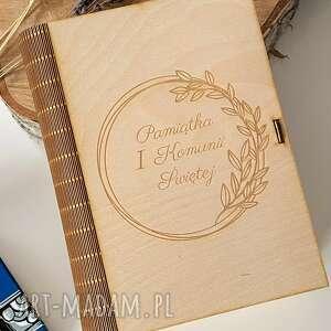 handmade pomysł na świąteczne prezenty pudełko pismo święte pamiątka pierwszej