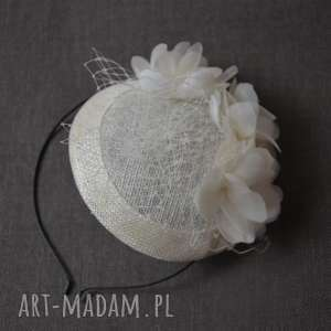 hand-made ozdoby do włosów toczek ecru z jedwabiem