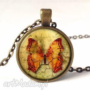 popękane piękno - medalion z łańcuszkiem - motyle, motyl, cracle