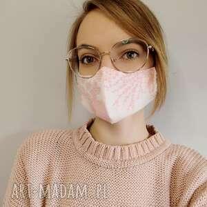 maseczka ochronna trzywarstwowa biało - różowa, ochronna