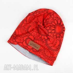 Czerwona czapka w mandale beanie unisex czapki godeco czapka