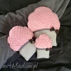 poduszki muffinki, poduszki, przytulanki, dekocacyjne, minky, dziewczynka
