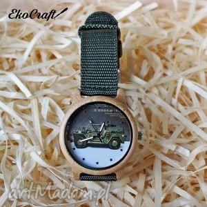 ręcznie wykonane zegarki drewniany zegarek z motywem militarnym military car