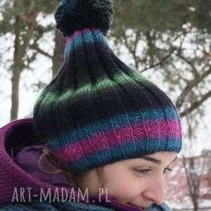 czapka kolorowa z pomponem - kolorowa, pompon, ciepła, wełna, poliamid