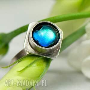 srebrny pierścionek światło w głębinie a422, pierścionek, niebieskie