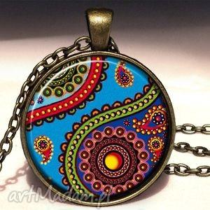 orientalna podróż - duży medalion z łańcuszkiem