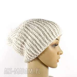 hand-made czapki czapka ecru krasnal unisex robiona na drutach