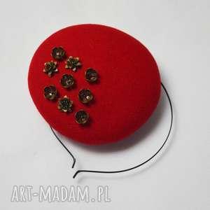 fascynatory czerwony toczek, filc, fascynator