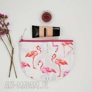 kosmetyczka półksiężyc - ,kosmetyczka,saszetka,flamingi,słodka,różowa,pastelowa,