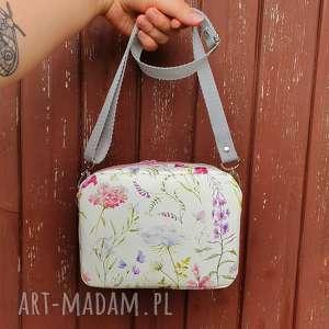 mini mała torebeczka box, romantycznatorebka, torebka, vintage, kwiatowa