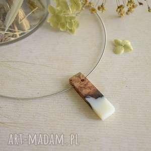 naszyjniki geometryczny wisior z żywicy i drewna, biżuteria męska