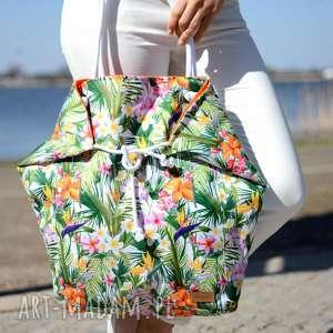 ręcznie wykonane na ramię kolorowa torba w liscie palm na ramię i na plażę