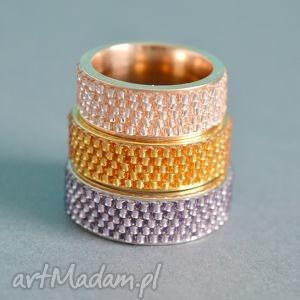 obrączki obrączka yes - fioletowa, obrączka, pierścionek, toho, nunn, haft