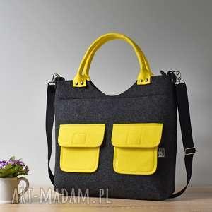 duża grafitowa antracytowa filcowa torebka z żółtymi kieszonkami