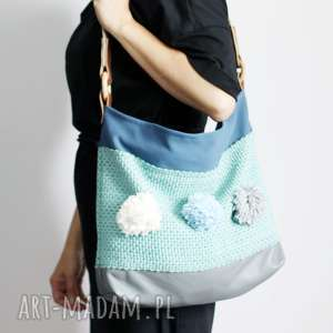 handmade torebki turkusowa z pomponami