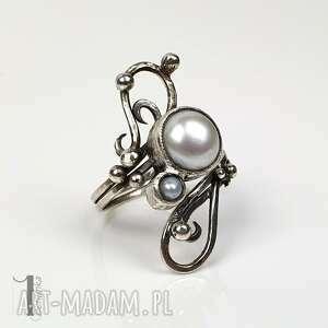 sorbus iii - srebrny pierścionek z perłą słodkowodną