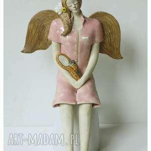 anioł kosmetyczka, ceramika, anioł, lusro, pędzel, makijaż