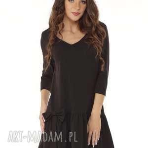 sukienka z falbaną i kokardą czarna 012, falbaną, dzianinowa